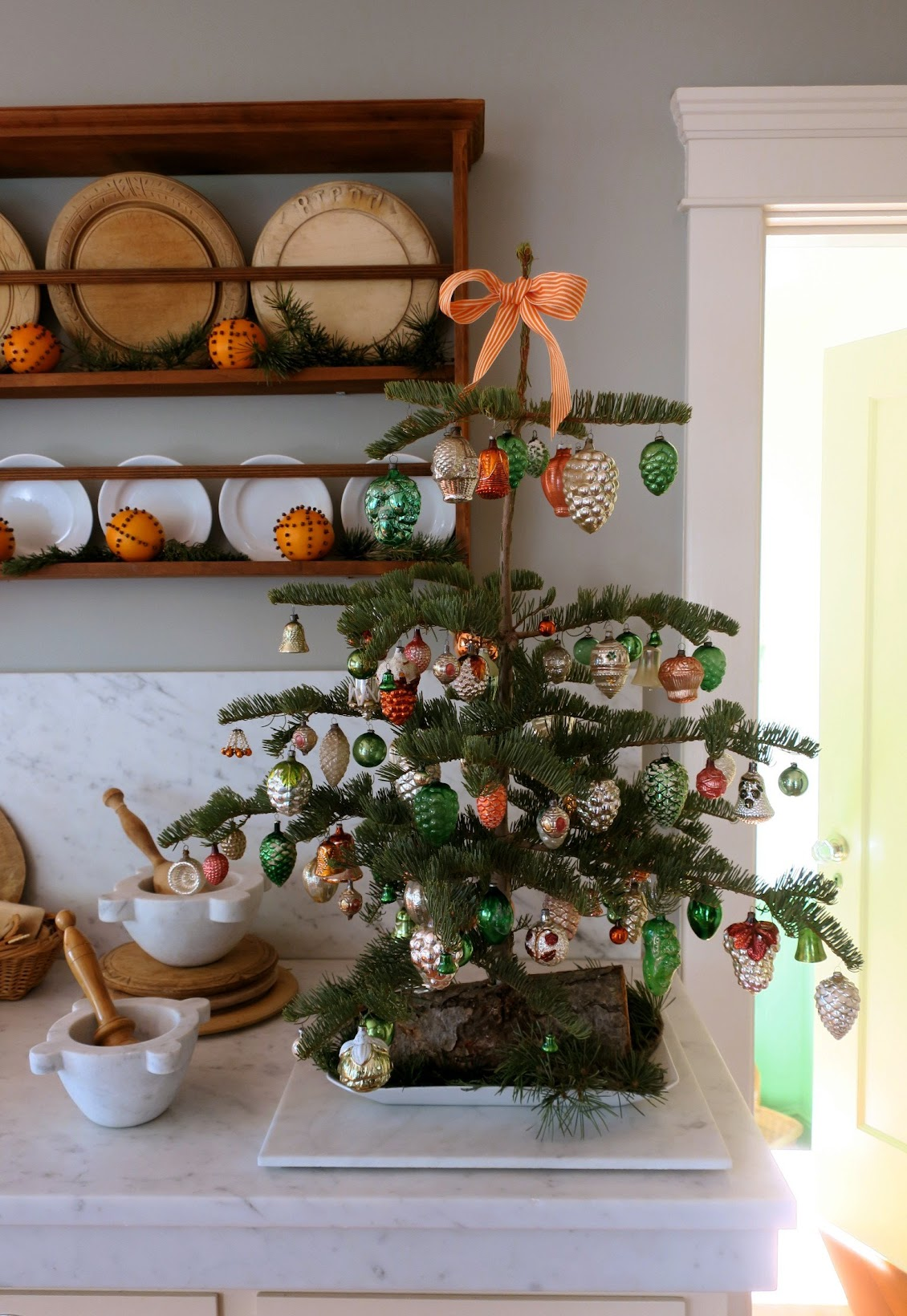Chronica Domus: A Kitchen Tree For Christmas