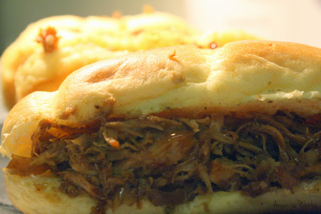 Slowcooker Pulled Chicken in Brioche