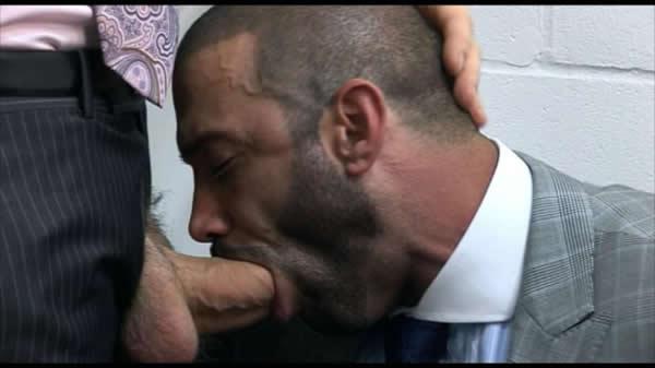 Office Junior - Junior Stellano & Dillon Buck Men at Play