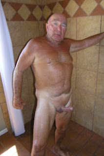 gay hairy rimming