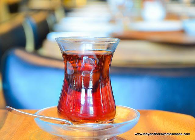 Unlimited Tea in Gunaydin Dubai