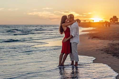 true sad love story in hindi  ! love story in hindi heart touching ! dil ko chhu jani wali kahani in hindi  ! Love Stories - Real-Life True Romantic Stories