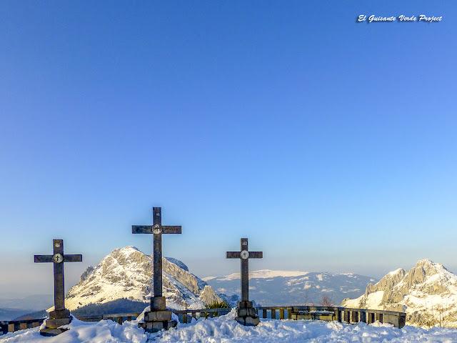 Parque Natural de Urikola - Mirador de las Tres Cruces por El Guisante Verde Project