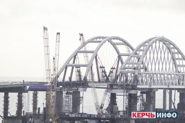 Пресс-тур по Керченскому мосту: интервью с Леонидом РЫЖЕНЬКИНЫМ