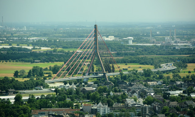 Rheinturm Dusseldorf bridge