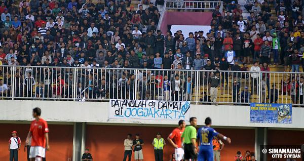 Persija Vs Sleman Photo: Persija Jakarta Vs Persib Bandung 28/08/2013 . The Legend