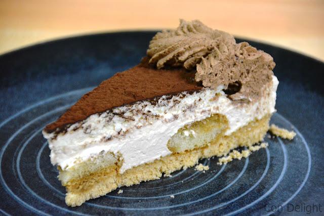 חתיכת עוגת גבינה cheesecake slice