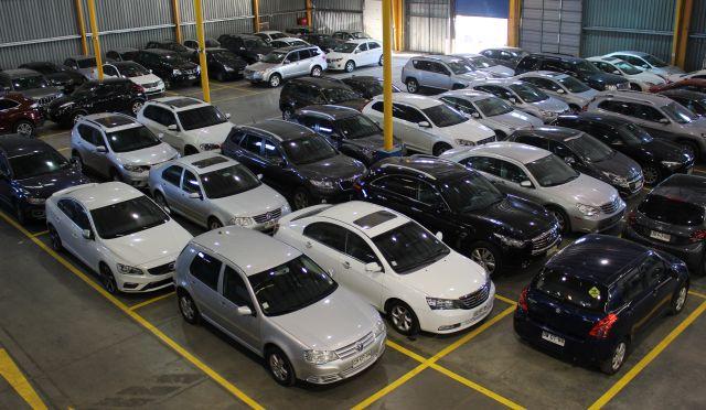 Los chinos manejan el mercado de autos usados