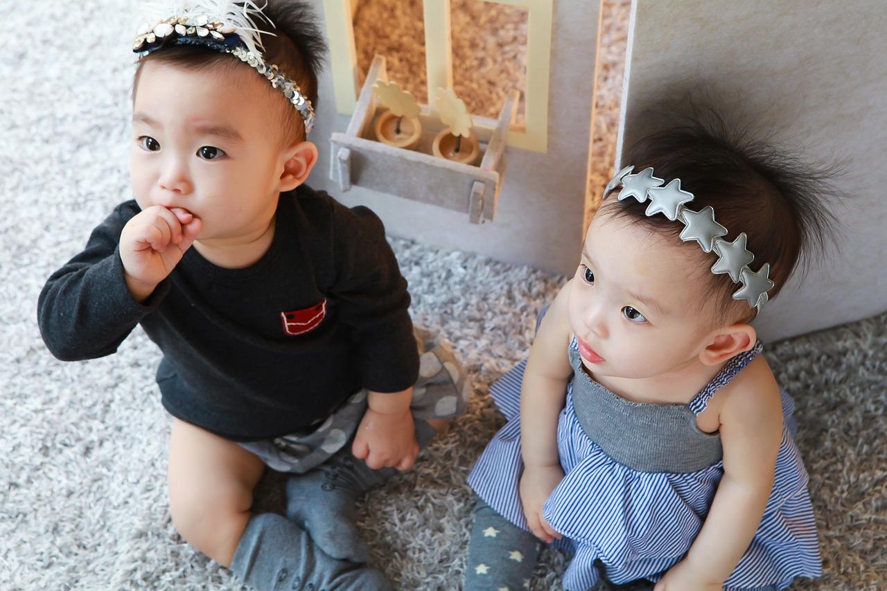 Pilihan Nama Anak Kembar Sepasang Laki-laki dan Perempuan