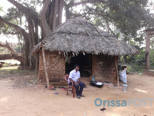 BNDP Nalakul project primery school resized School in thatched hut sums up plight of primary education in Odisha, India (Source: OrissaPost)