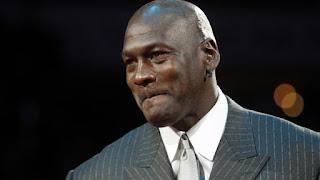 Michael Jordan el deportista retirado que mas gana dinero