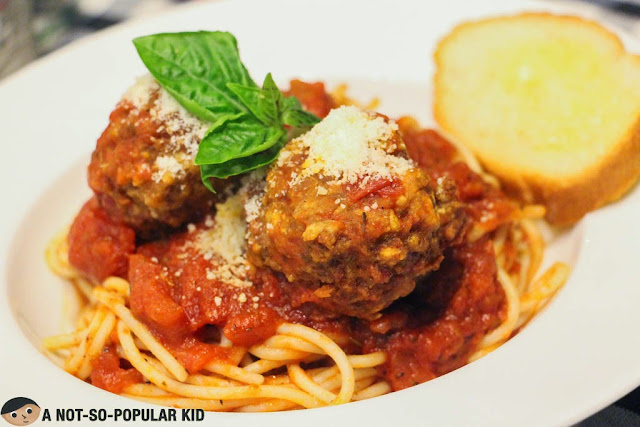 Spaghetti with Meatballs of Pomodoro Pizza Kitchen