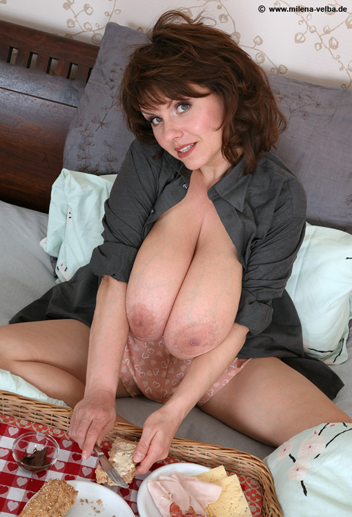 Hot sugar mummy pussy photo