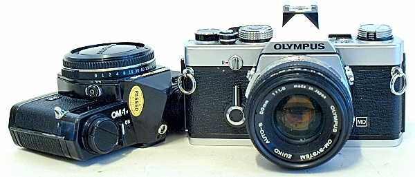 Olympus OM-1n, in chrome and black
