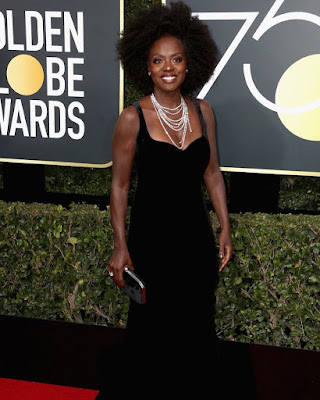 Viola Davis natural hair at the Golden Globes