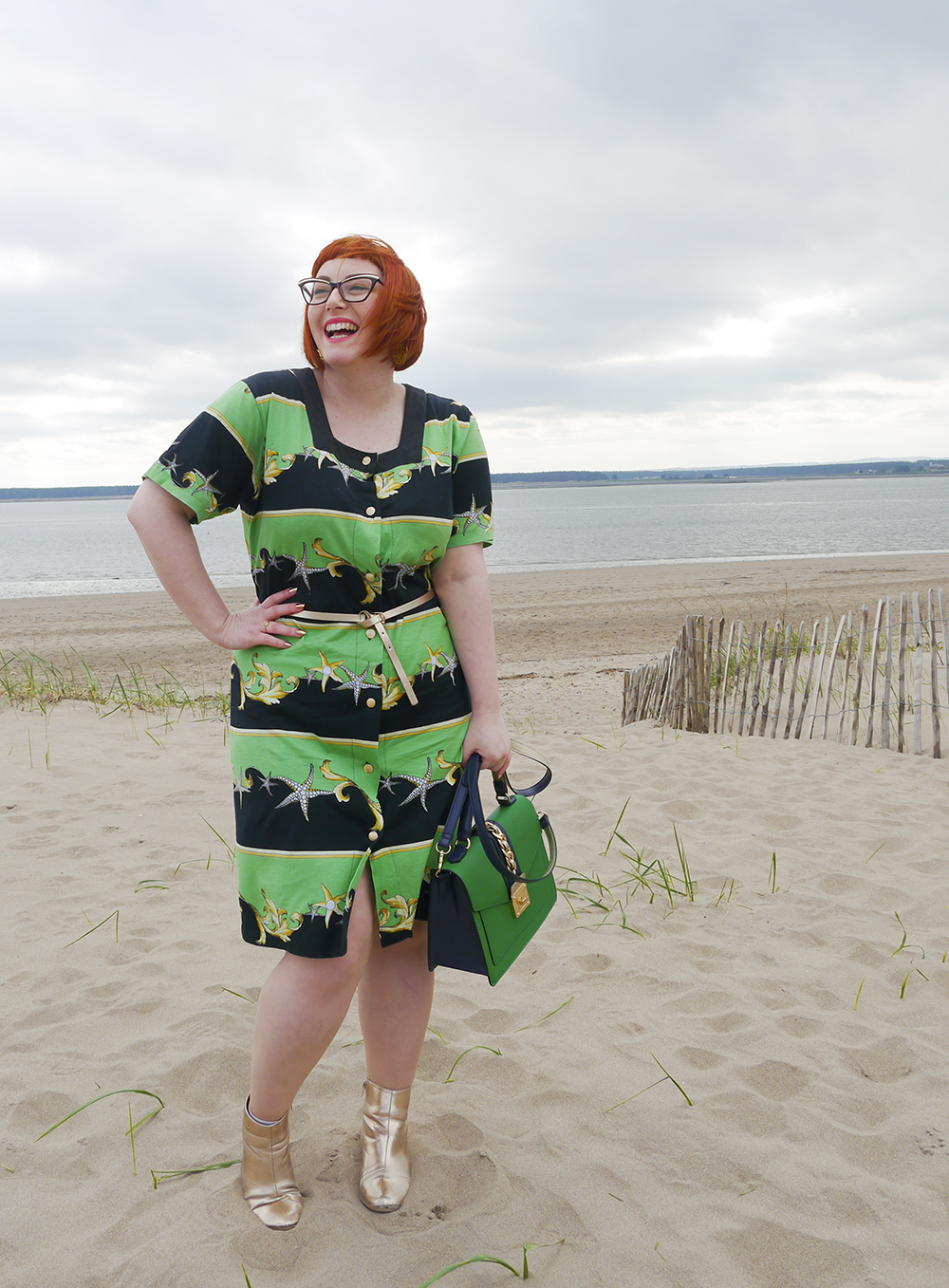 Styling up a vintage dress on Broughty Ferry beach