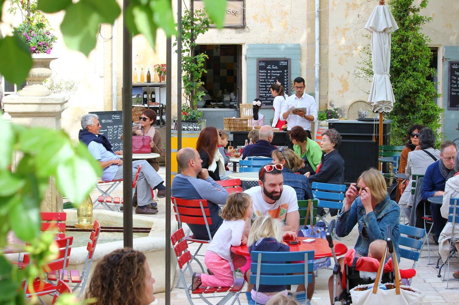 Le Cafe Creme Le Puy Sainte Reparade
