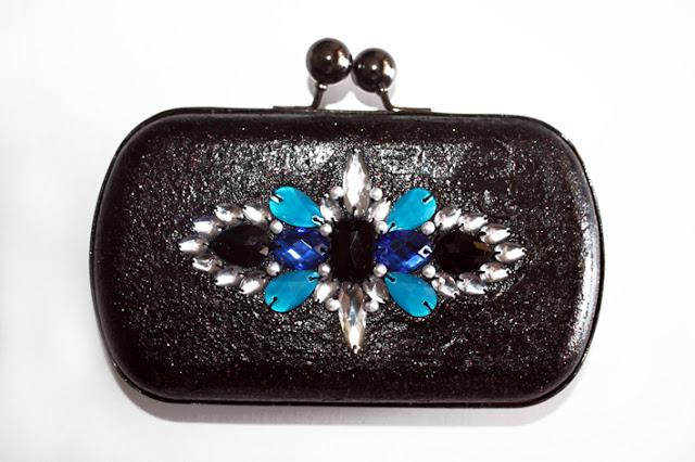 Bolso de fiesta azul eléctrico y negro