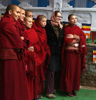 buddhist single women in mountain city That women participate equally is probably the single biggest change with buddhism being established in the west  10 tibetan buddhist women you need to know.