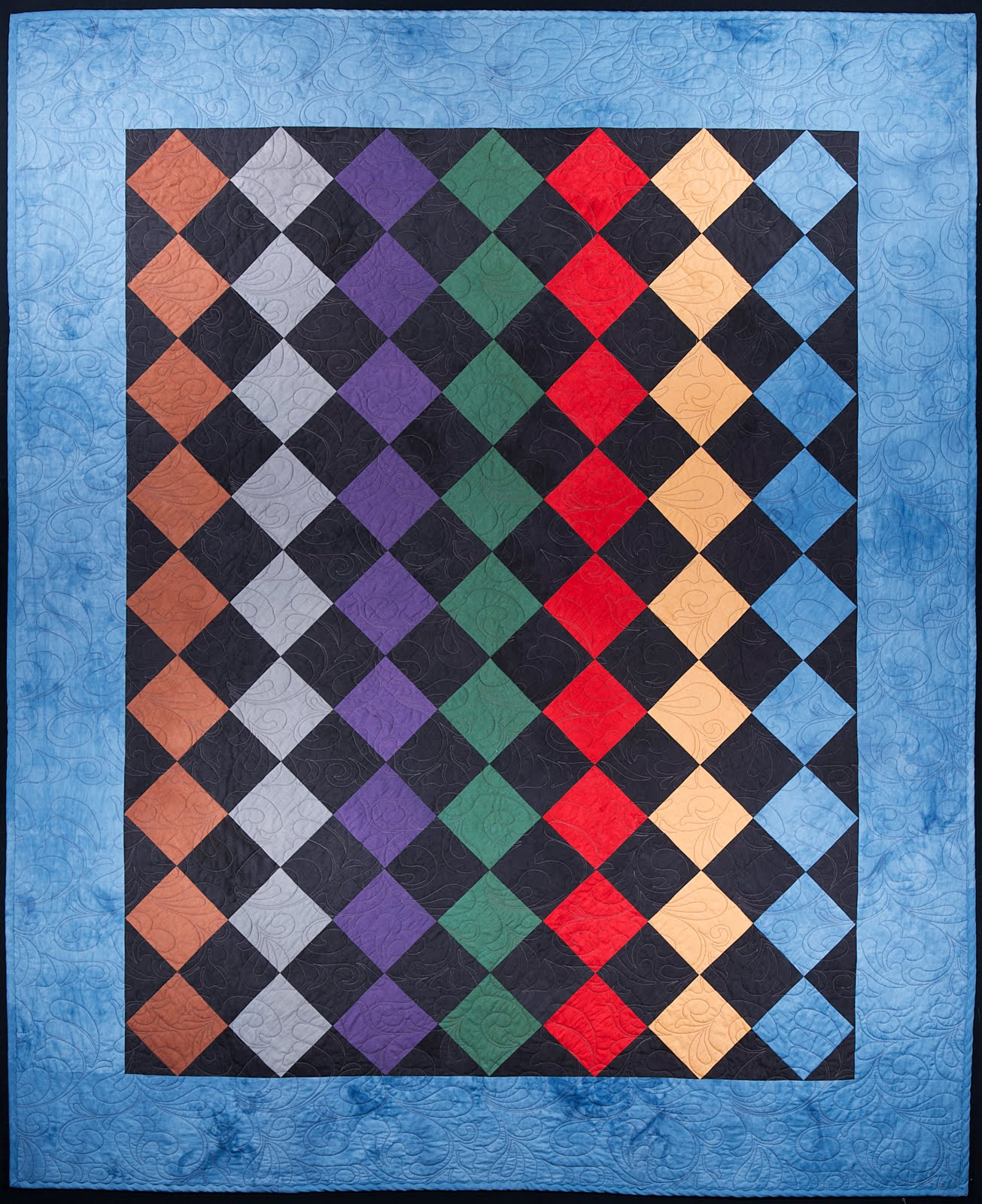 Classic Amish Shadows Quilt