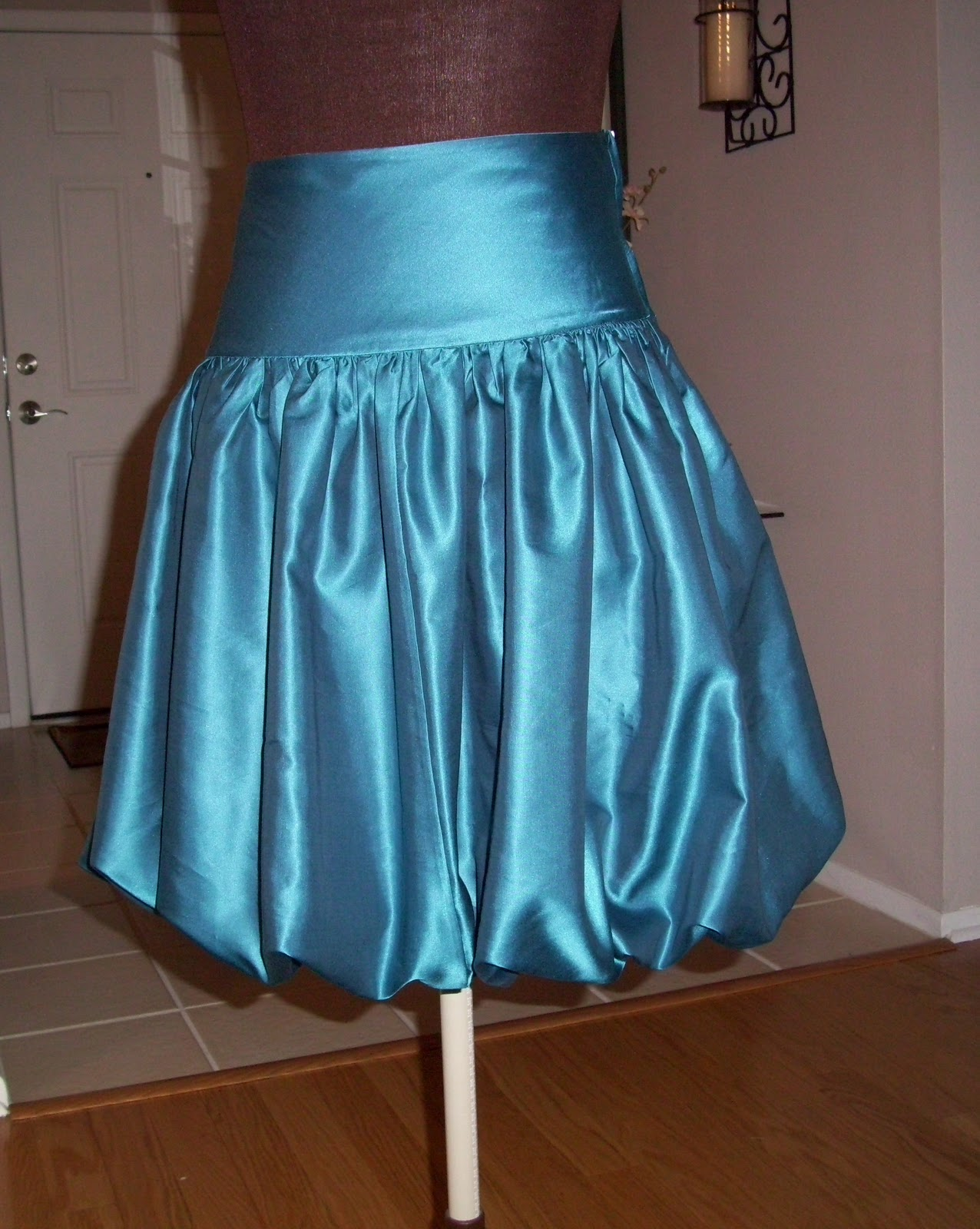 How to Make Balloon Skirts?