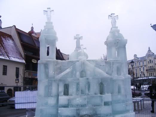Ledinė skulptūra Vilniuje