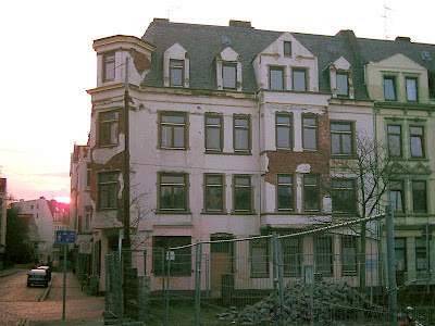 schn ppchen haus bremerhaven. Black Bedroom Furniture Sets. Home Design Ideas