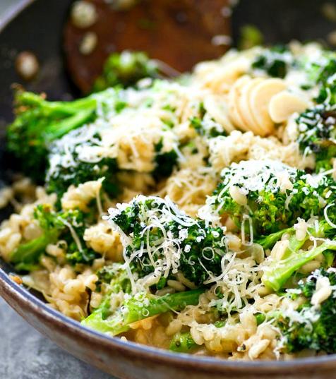 ROASTED GARLIC BROCCOLI PARMESAN RISOTTO #vegetarian #broccoli #roasted #garlic #easy