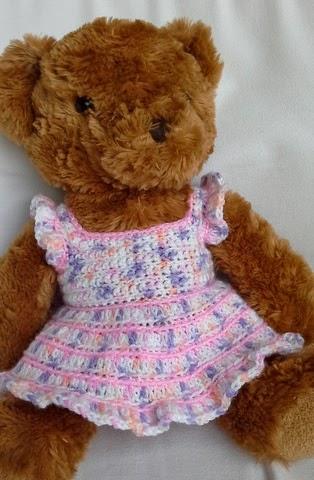 Linmary Knits: Teddy bear crochet dress