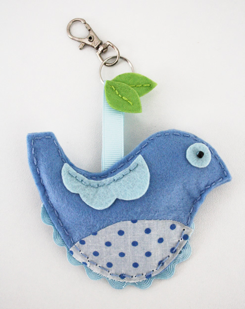 Mollie Makes felt bird