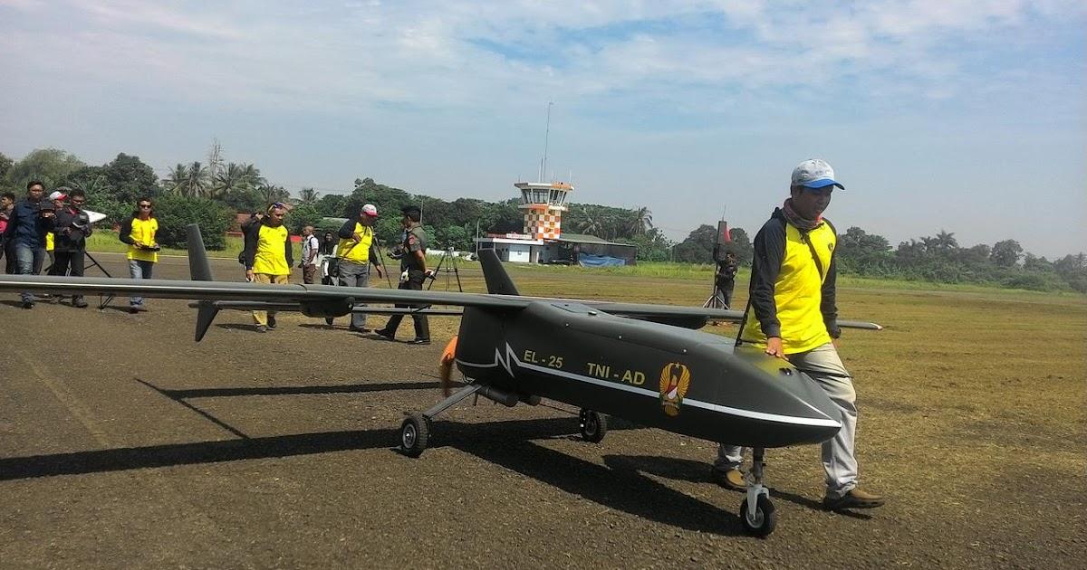 DEFENSE STUDIES Menhan Saksikan Ujicoba Beberapa Drone Di