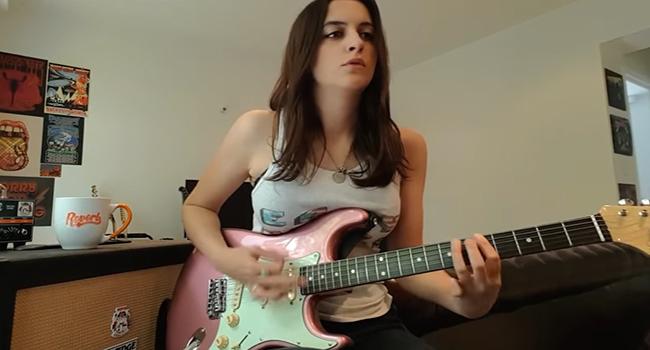 5-gitaris-cewek-paling-cihuyyy-sadis-dan-seksih