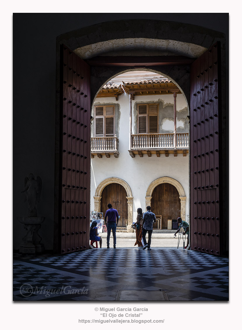 Santa Catalina de Siena, Cartagena de Indias.- Salida.