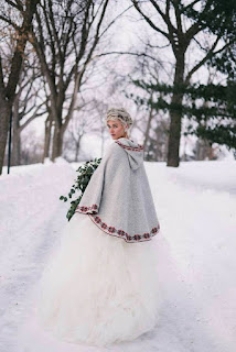 winter-wedding-dress-with-faux-fur-wrap-cape