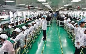Xuất Khẩu Lao động Đài Loan tuyển nữ làm linh kiện điện tử