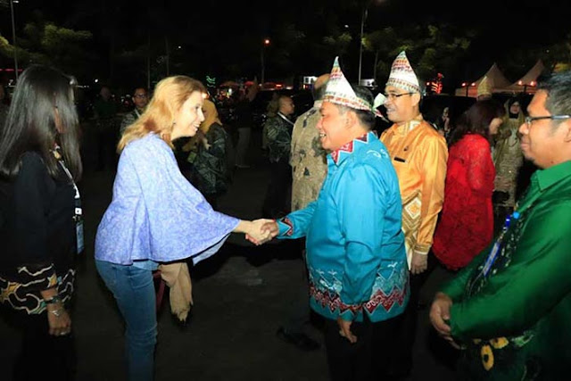 Perwakilan duta besar negara sahabat kumpul di Kota Banjarbaru. Mereka hadir bersama rombongan delegasi peserta World Food Day Indonesia 2018 di Lapangan Murjani Banjarbaru, Selasa (16/10/2018).