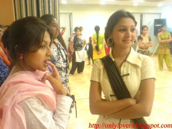 Prova And Choyti: Joubon Jala