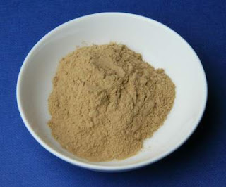 Multani mitti uses and benefits in Hindi.