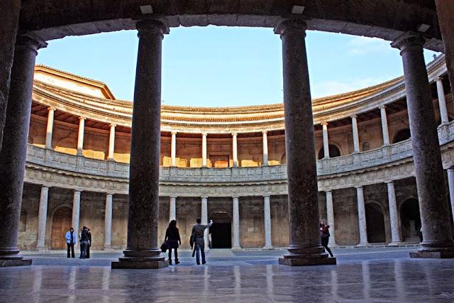 Resultado de imagen de palacio de carlos v de granada