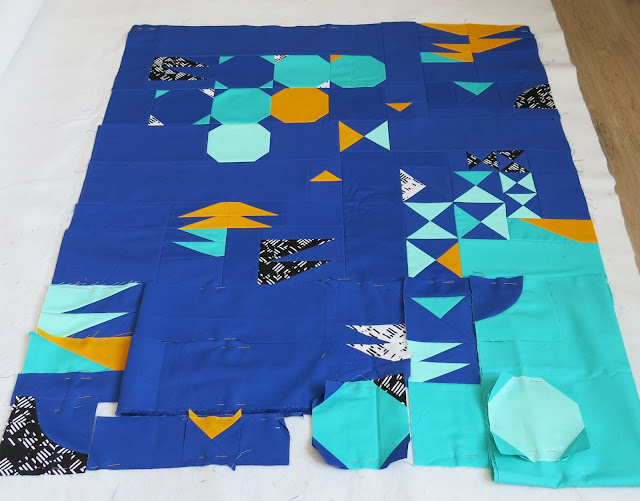 Luna Lovequilts - Improv' small quilt - Piecing in progress