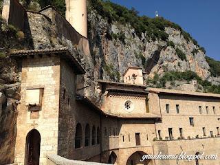 monasterio subiaco guia roma bate e volta portugues - Mitos e realidade sobre conhecer Roma