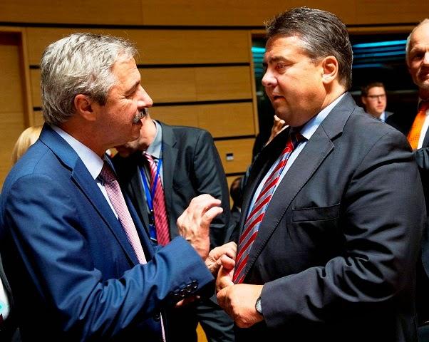 Στο Λουξεμβούργο ο Γιάννης Μανιάτης στο πλαίσιο του Ecofin