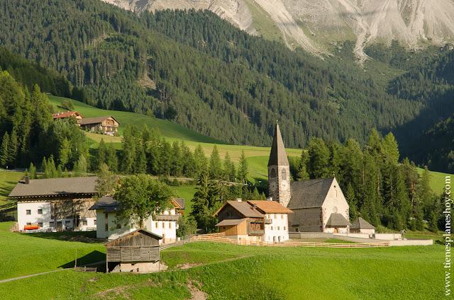 Val di Funes Italia Dolomitas Sankt Magdalena