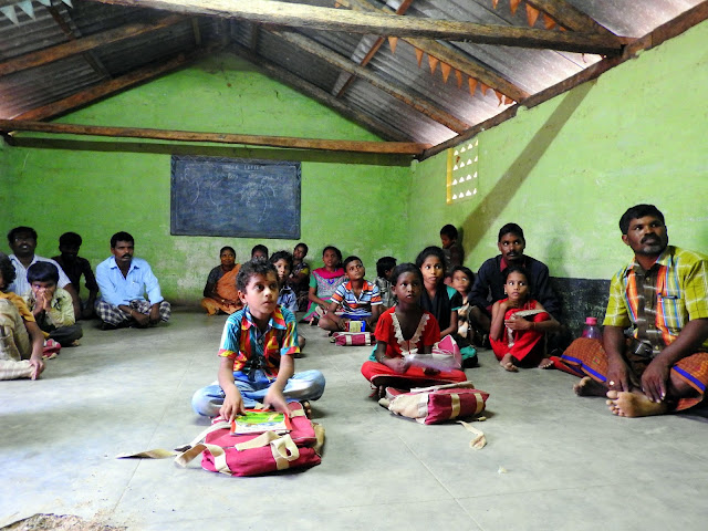 school, students, voluntourism, volunteer, Tamil Nadu, India