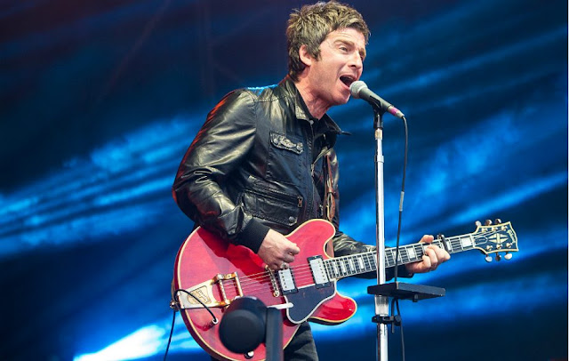noel gallagher, oasis, causeur culture, olympia noel gallagher, liam gallagher, the man who built the moon, it's a beautiful world noel gallagher