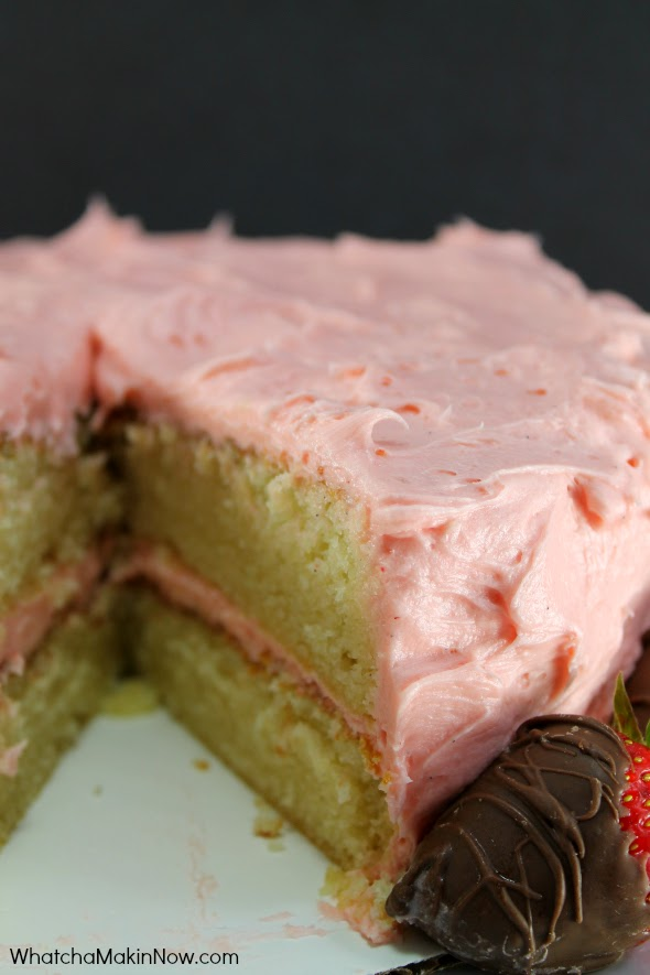 White Cake with Fresh Strawberry Frosting - BEST strawberry frosting made with fresh berries and lemon juice. So good!