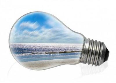 Preocupado y obsesionado con la factura de la luz