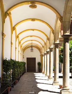 Personas Puerta, vida, camino, crecimiento personal, Granada, Abadía del Sacromonte, atrévete a soñar, José Luis López Recio