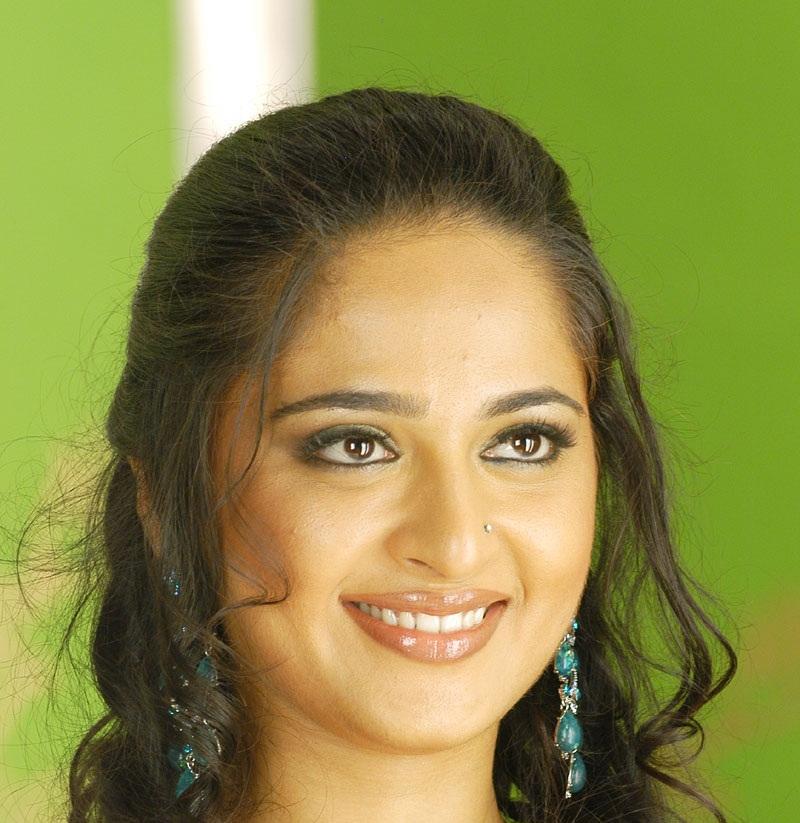 Actress Anushka Shetty Hot Close UP Nose Pin Face