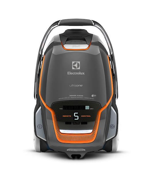 伊萊克斯「New Ultraone」吸塵器,加贈萬元配件組,週年慶特惠價37,900元(原價45,900元)